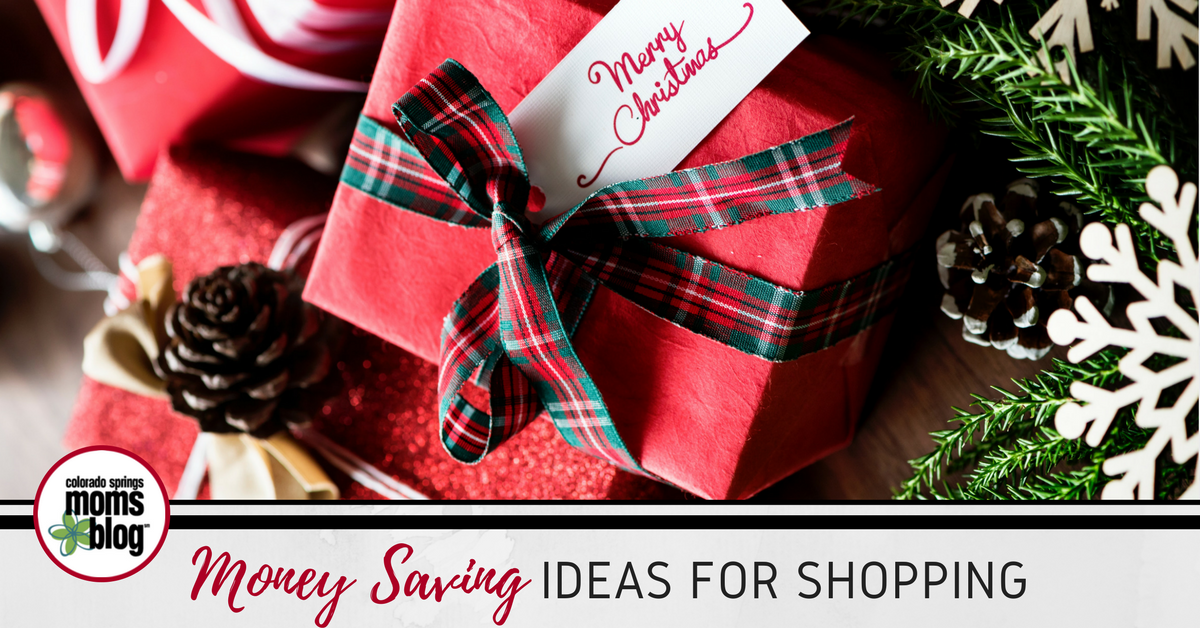 money saving holiday shopping