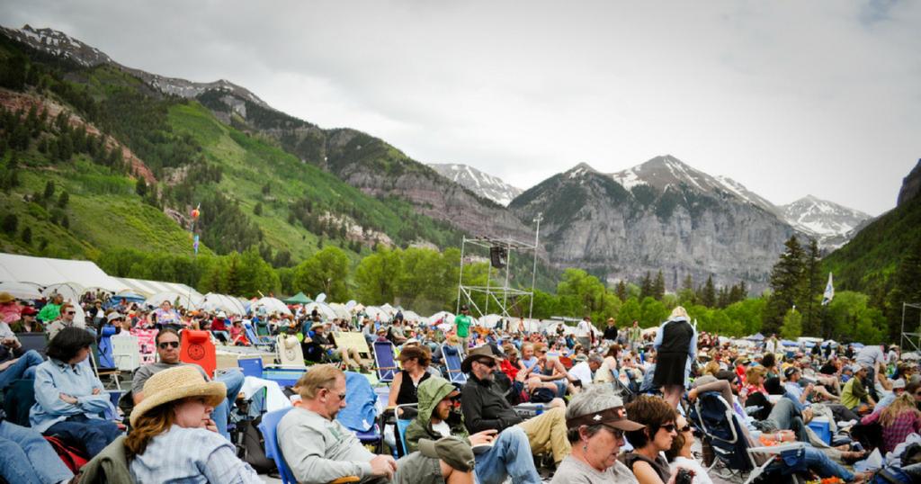 Hundreds of fans at the Telluride Bluegrass Festival